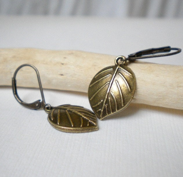 leaf-leaves-earrings-small-antique-brass