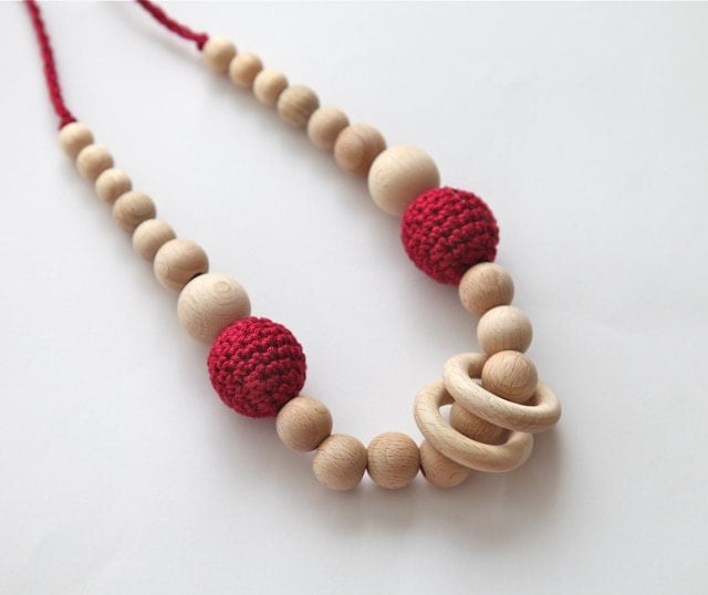 Burgundy/ dark red nursing rings necklace. Girls crochet necklace. Mammy and baby teething necklace.