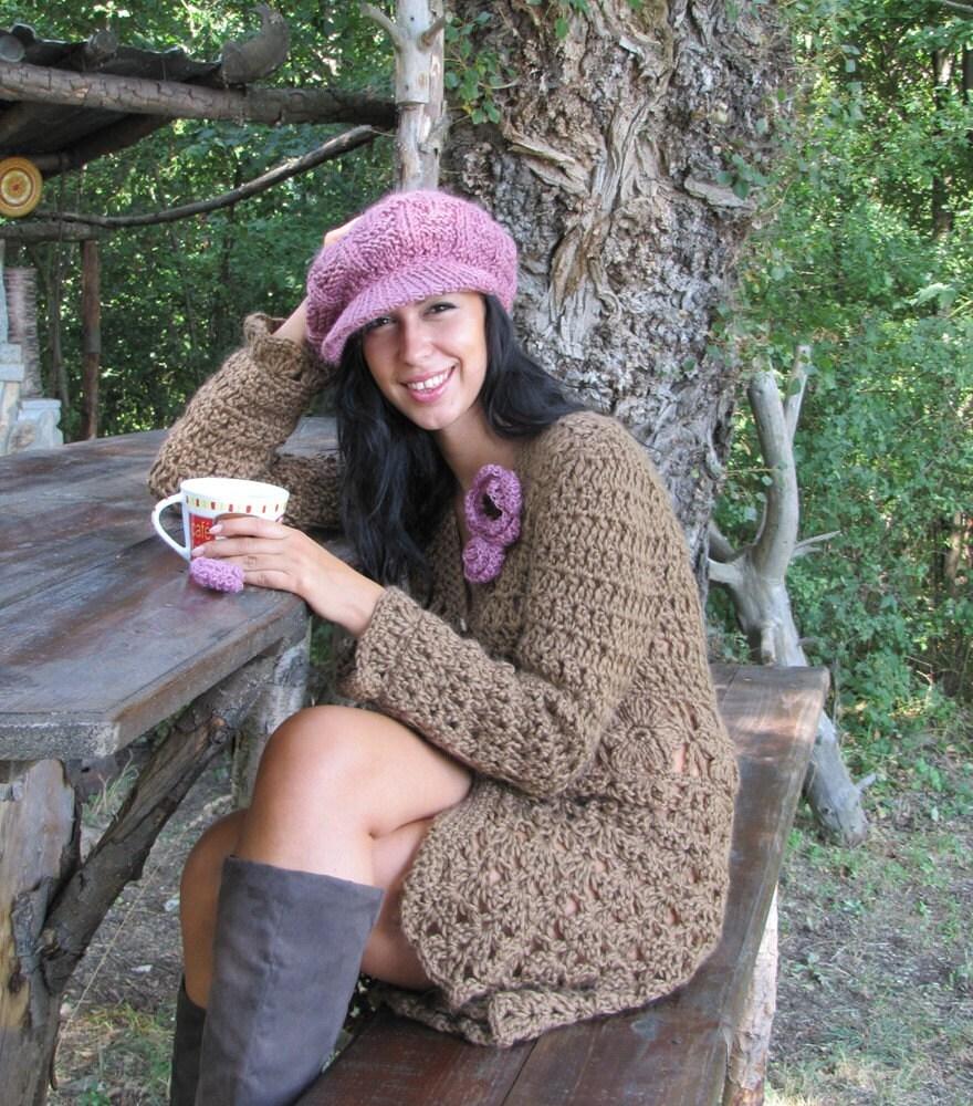 ژاکت کش باف پشمی قلاب دوزی بلند قهوه ای با جزئیات گل کمربند -- لفاف هدیه رایگان