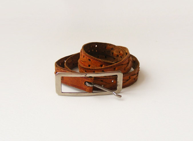 Vintage caramel brown leather belt, skinny braided belt made of genuine leather, 60s - plot