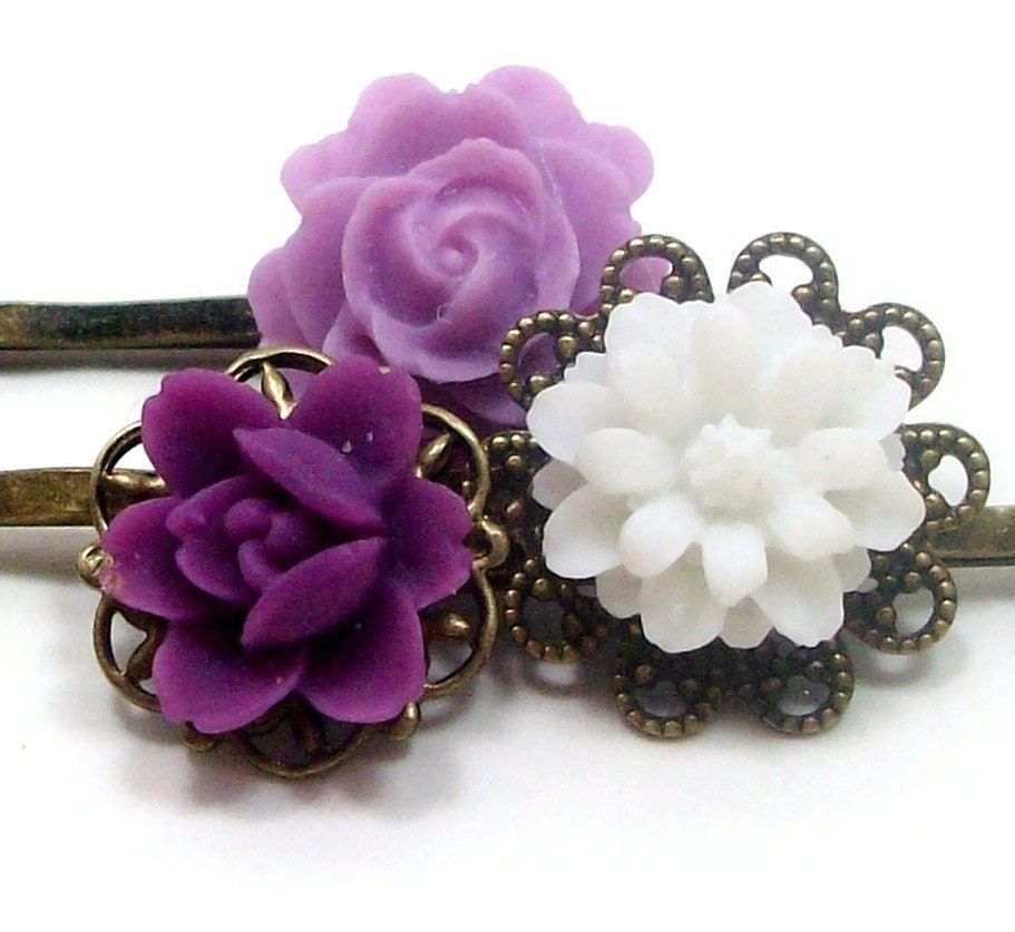 FREE SHIPPING - Flower Hair Pins Dark Purple Lilac White . VIOLET