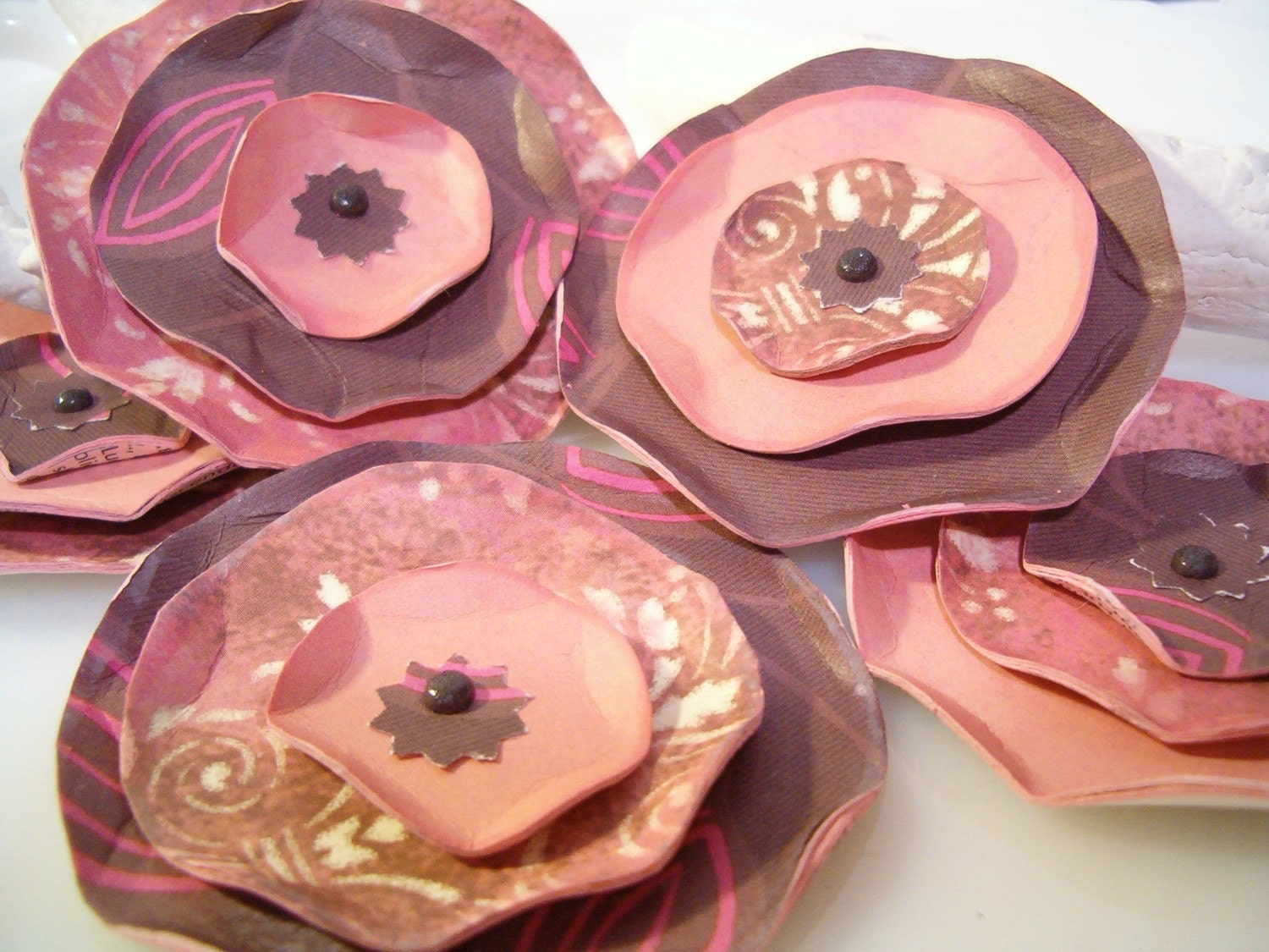 ECO  PAPER ROSES