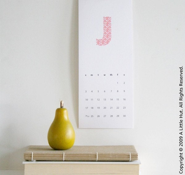 2010 printable calendar - patterned initials
