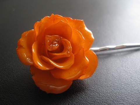 il_fullxfull.49475576.jpg (JPEG Image, 480x360 pixels) :  real flower jewelry bobby pin hair accessories