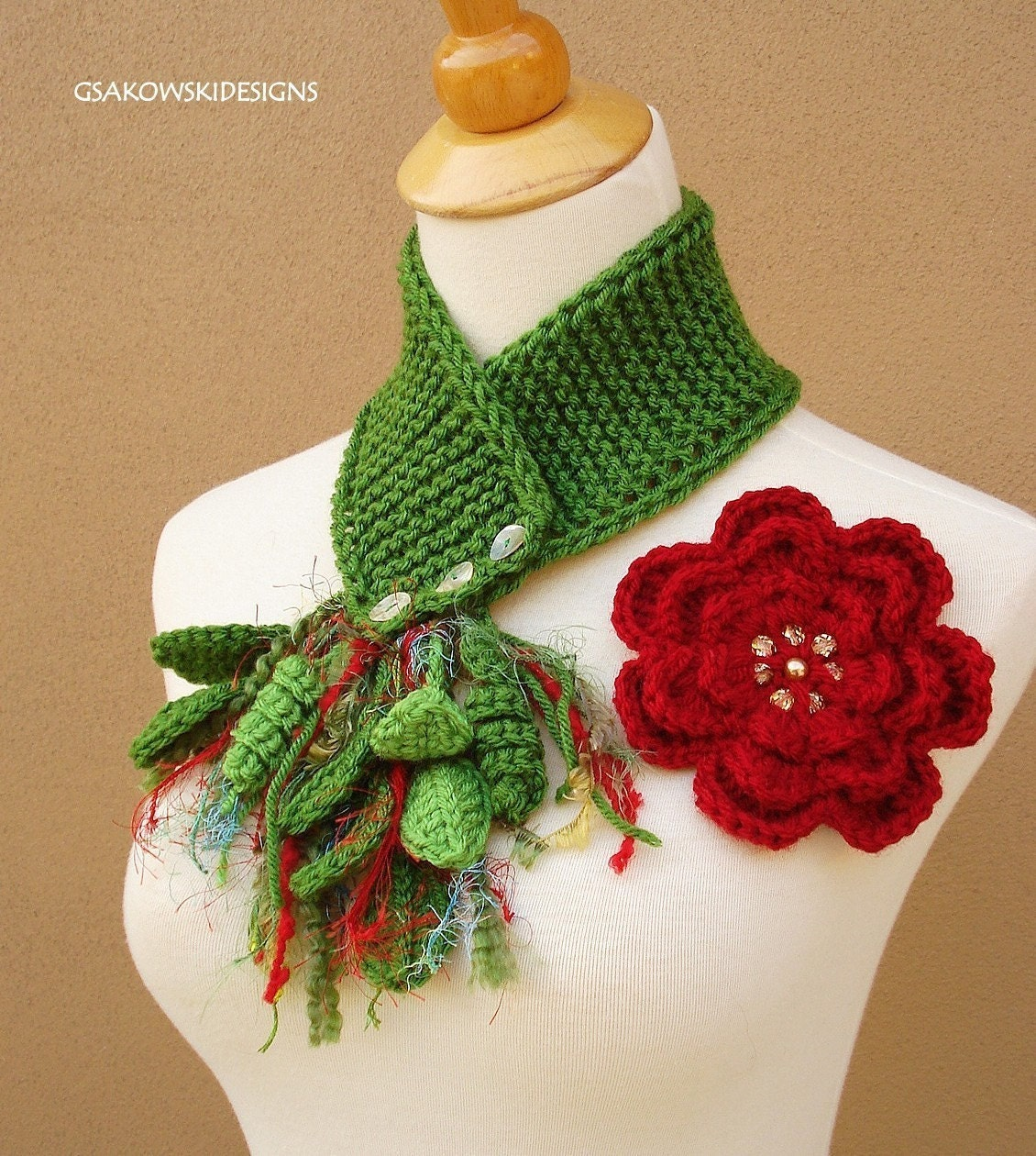 Red  Flower Scarflette