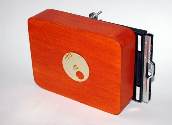 Vermeer 4x5 inch wooden pinhole camera - vermeercameras