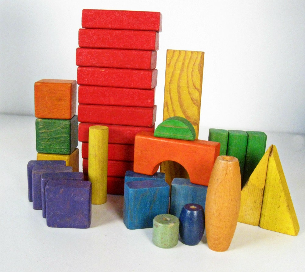 vintage wood blocks - primary colors - lot of 29 - pre 1990s