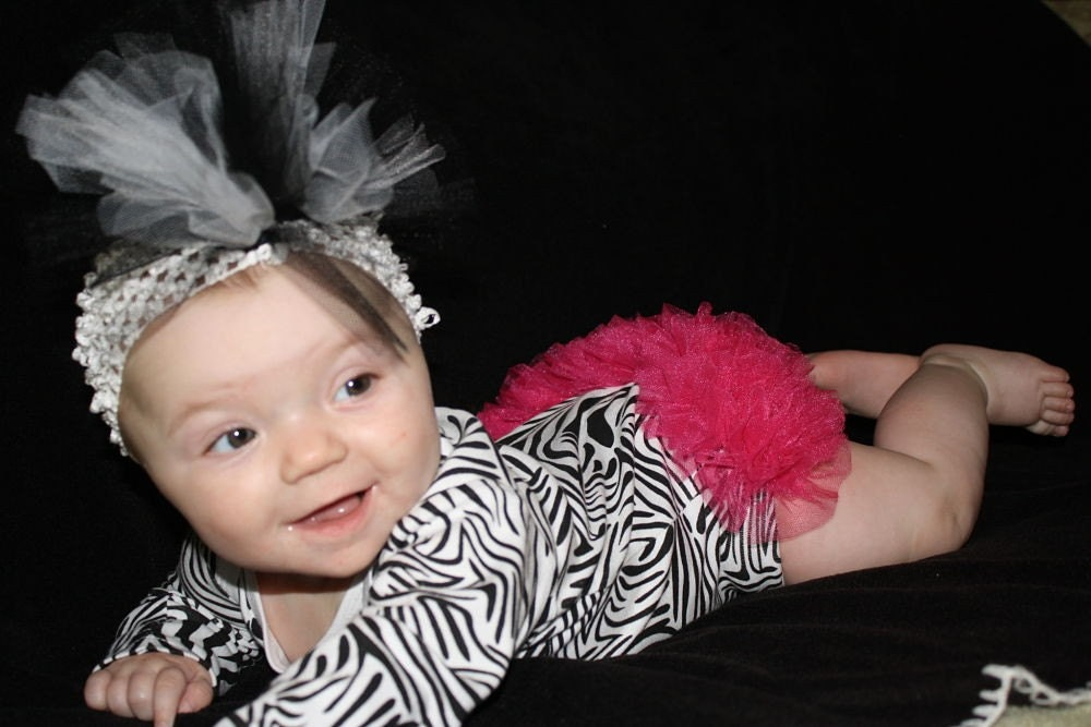 LONG SLEEVE ZEBRA PRINT RUFFLE BUTT ONESIE....YOU CHOOSE SIZE AND COLOR OF RUFFLE