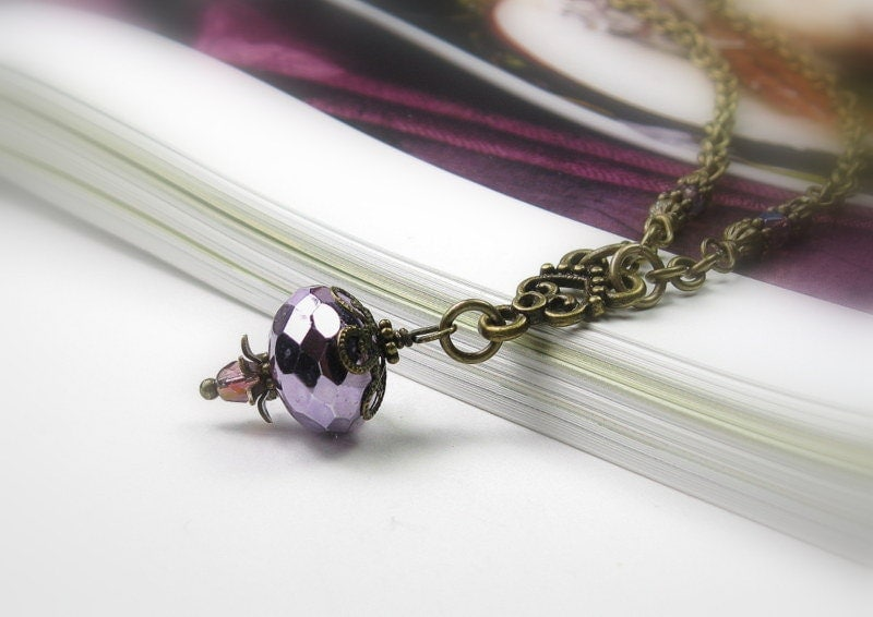 Violet Ice, Czech Glass, Vintage Style Necklace