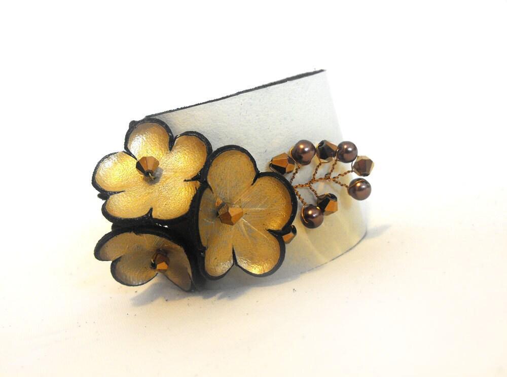 Unique wedding bracelet Gold and ivory leather bridal corsage - julishland