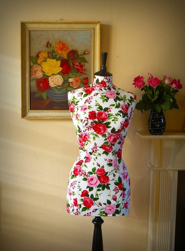 1950s Inspired Floral Roses Tailored Mannequin Dressform
