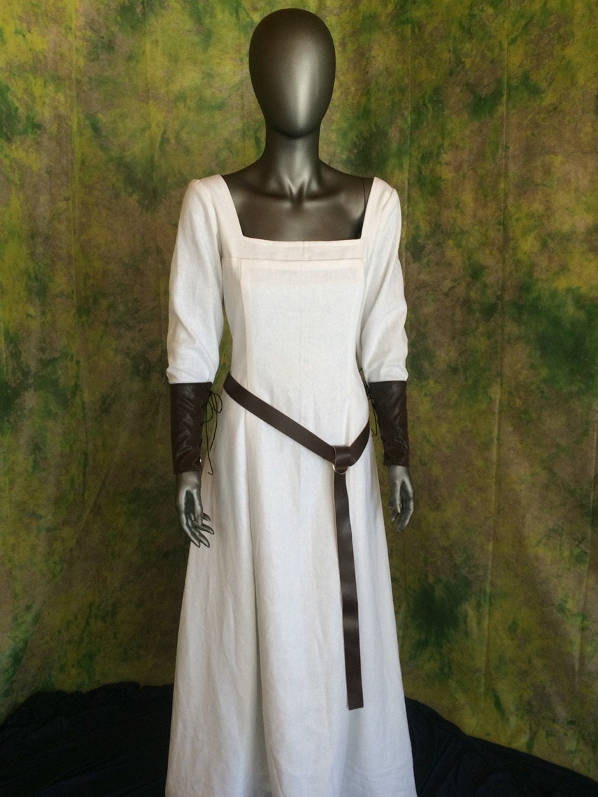 Medieval Clothing Renaissance Clothing Period Clothing