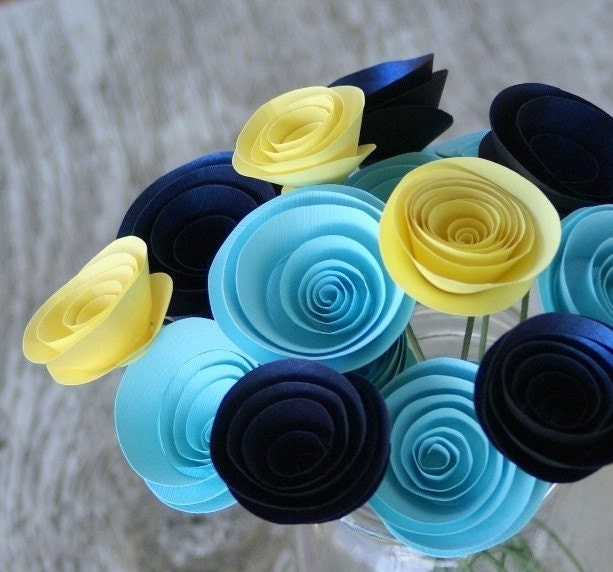 how to make paper flowers wedding. paper flowers to make. paper