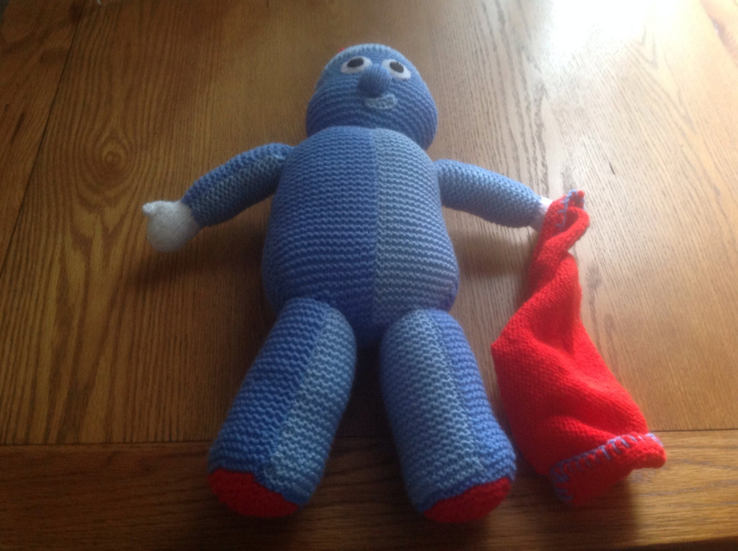 Hand knitted IGGLE PIGGLE  soft toy from In the night garden