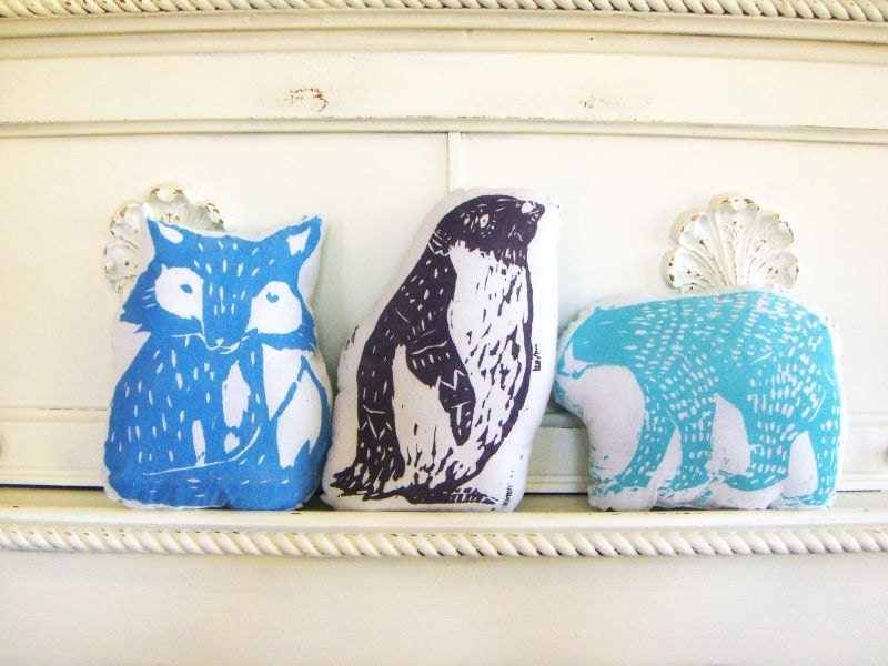 Arctic Animal Pillow Set. Hand Woodblock Printed. Save 20 Percent. - LauraFrisk