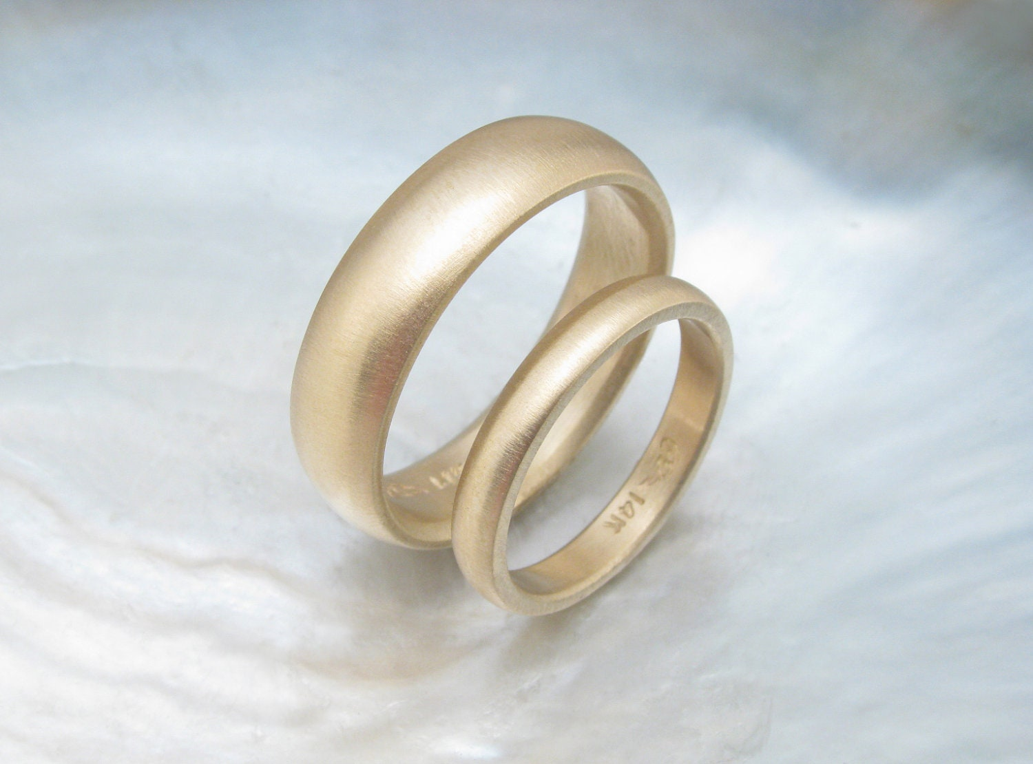Traditional Gold Wedding Ring Set Simple Matching Low Dome Wedding
