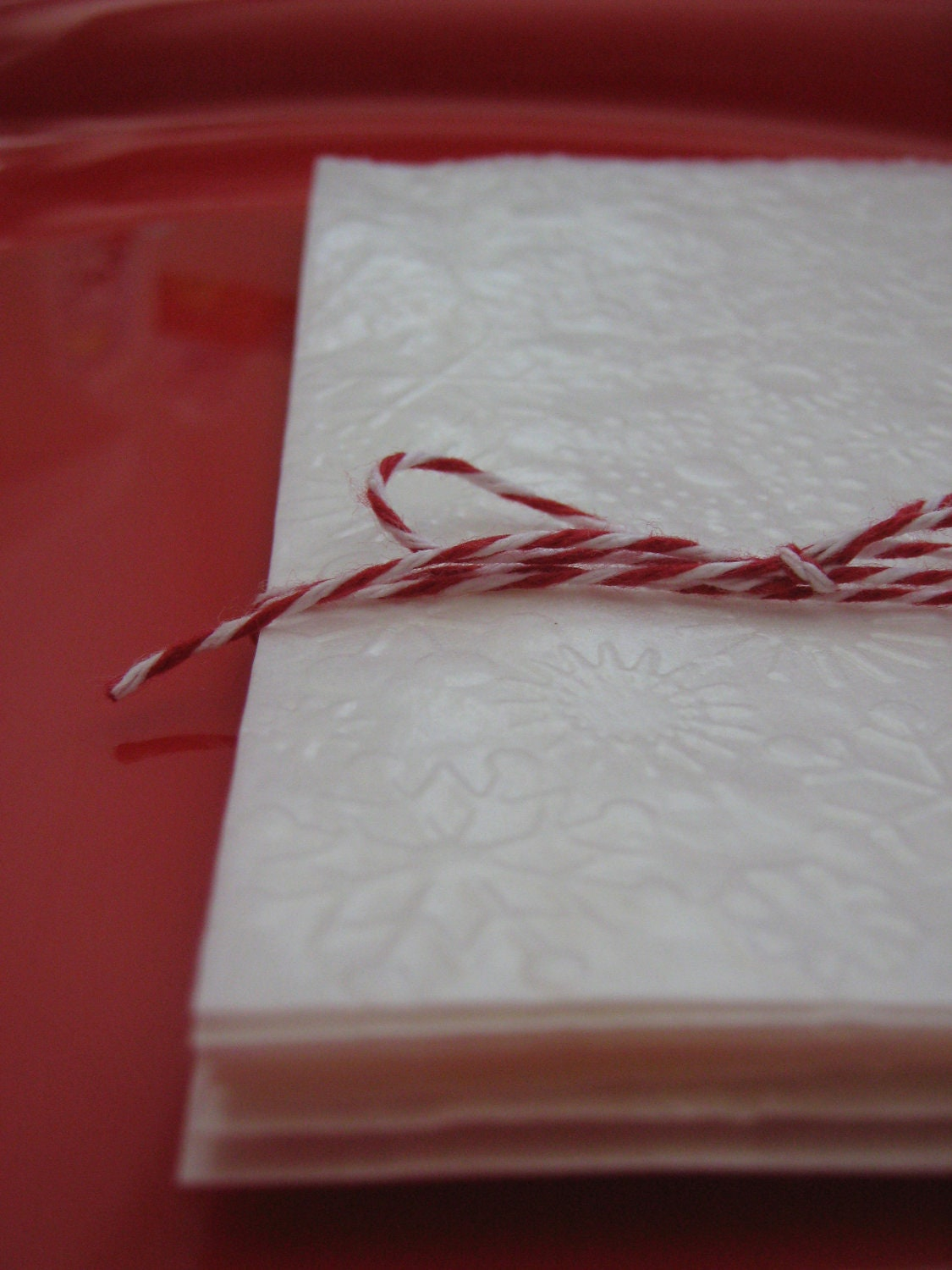 Snowflake Embossed White Glassine Bags 1/2 pound - 4-3/4 x 6-5/8 inches for Gifts, Packaging Products and Favors - Set of 12