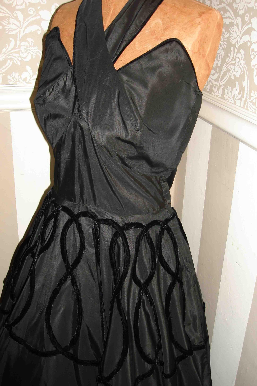 Entire Shop Sale SALE VINTAGE 1940 1950 BLACK On Black Prom Dress Velvet Taffeta Full Circle Dress Amazing Cris Cros Halter Neck Velvet Trim Cups Unique And Rare Small Free Us Shipping