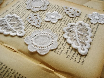 Lot Of Lace Flower And Leaves Ornament Kits