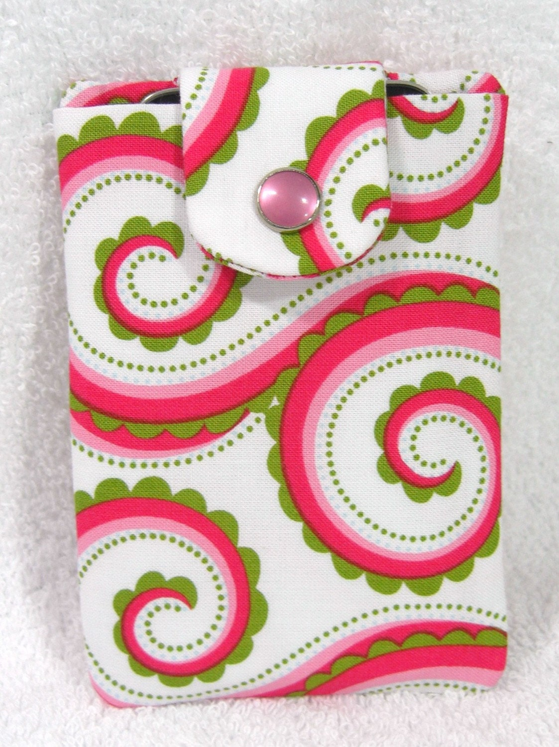 iPhone Blackberry iTouch Quilted Snap Cover Pink Swirls