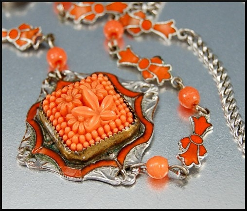 CORAL GLASS ENAMEL RHODIUM SILVER ART DECO NECKLACE