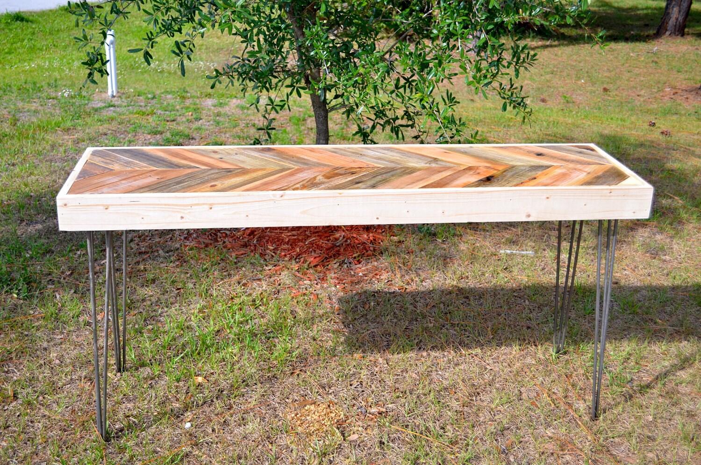 Espina de pescado LARGO regenerado Chevron palet laterales de madera, hall de entrada de entrada de forma de la consola de café para comer comedor sofá Mod. de mesa clásicos del pelo piernas perno de acero