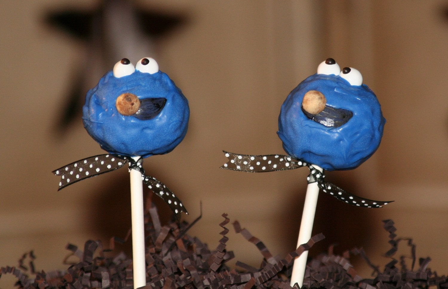 Mom's Killer Cakes & Cookies Cookie Monster Sesame Street Cake Pops