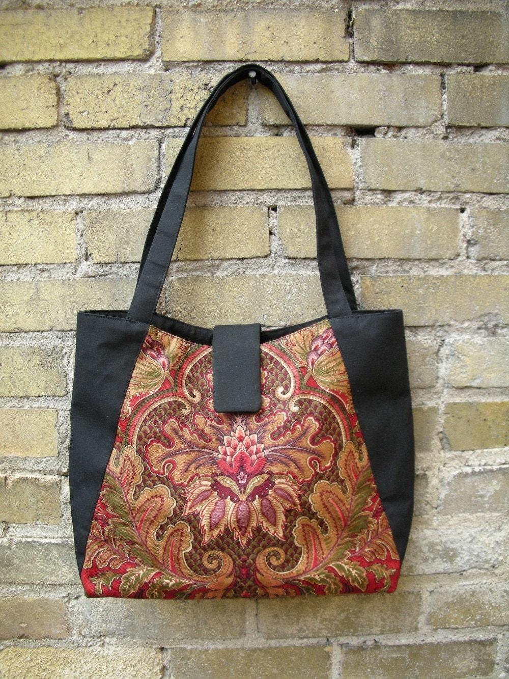 Shoulder Tote - Baroque Red