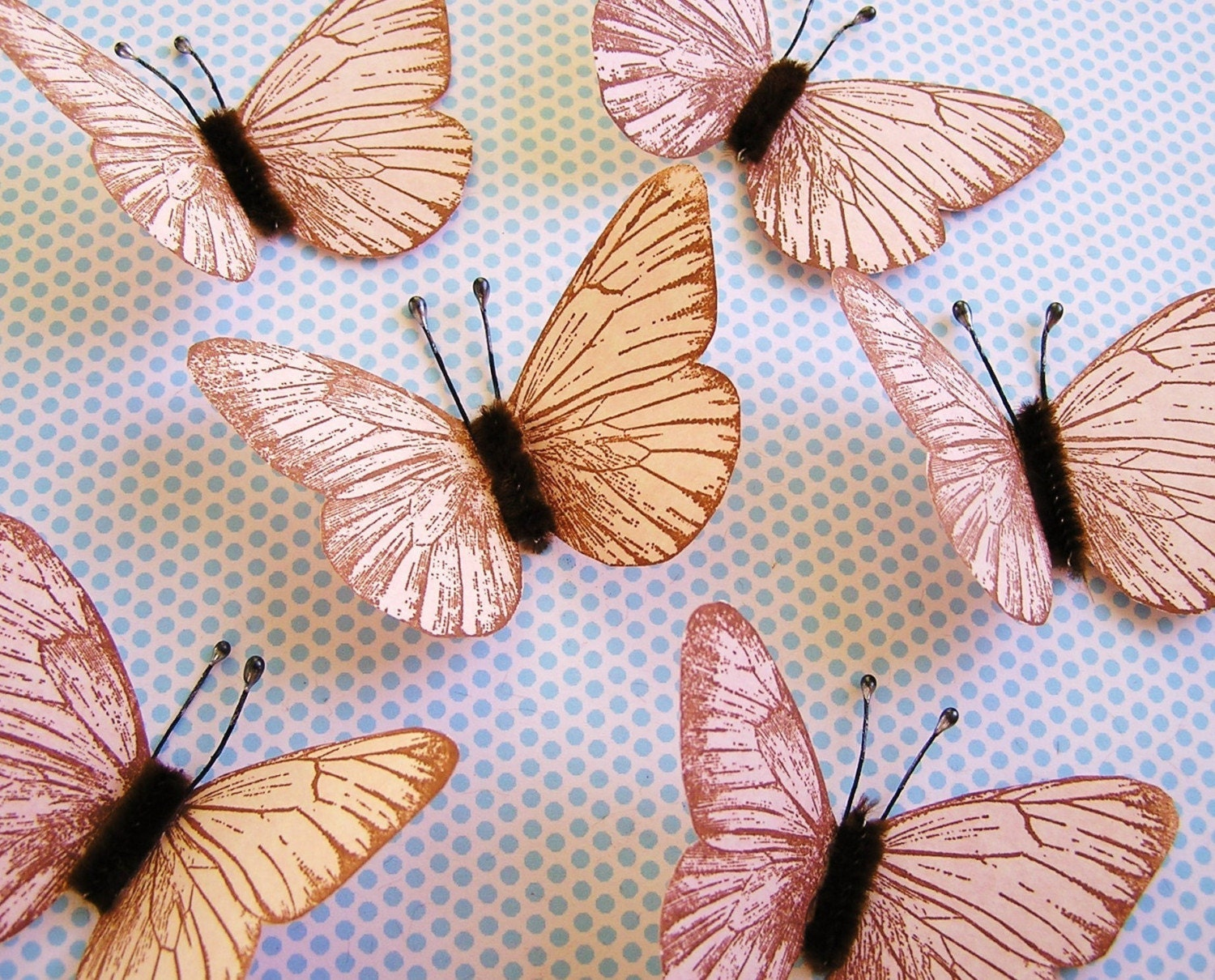 Shell Pink/Chestnut Vintage-style Butterflies