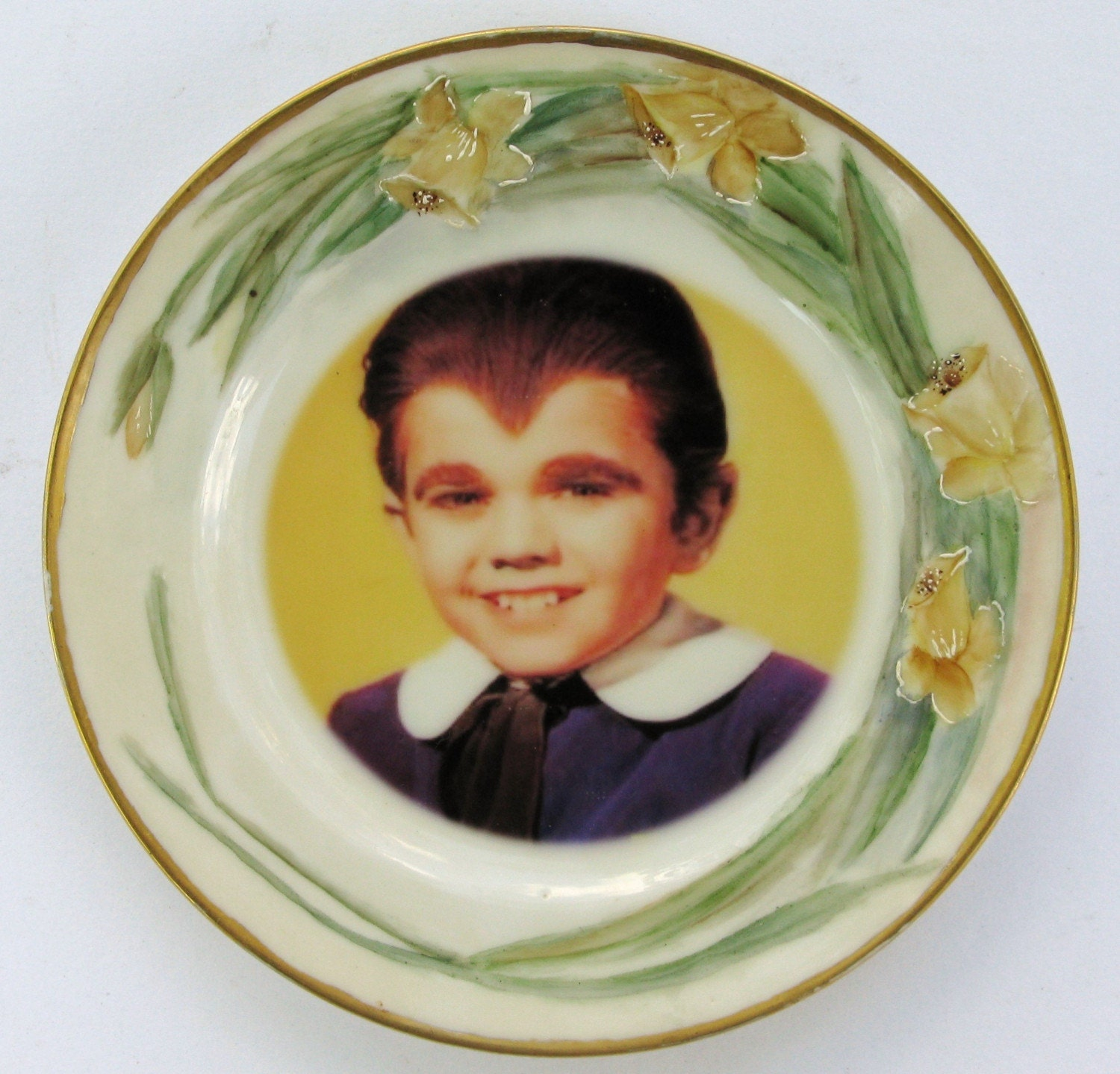Edward Wolfgang Munster Portrait Plate - Altered Antique Plate
