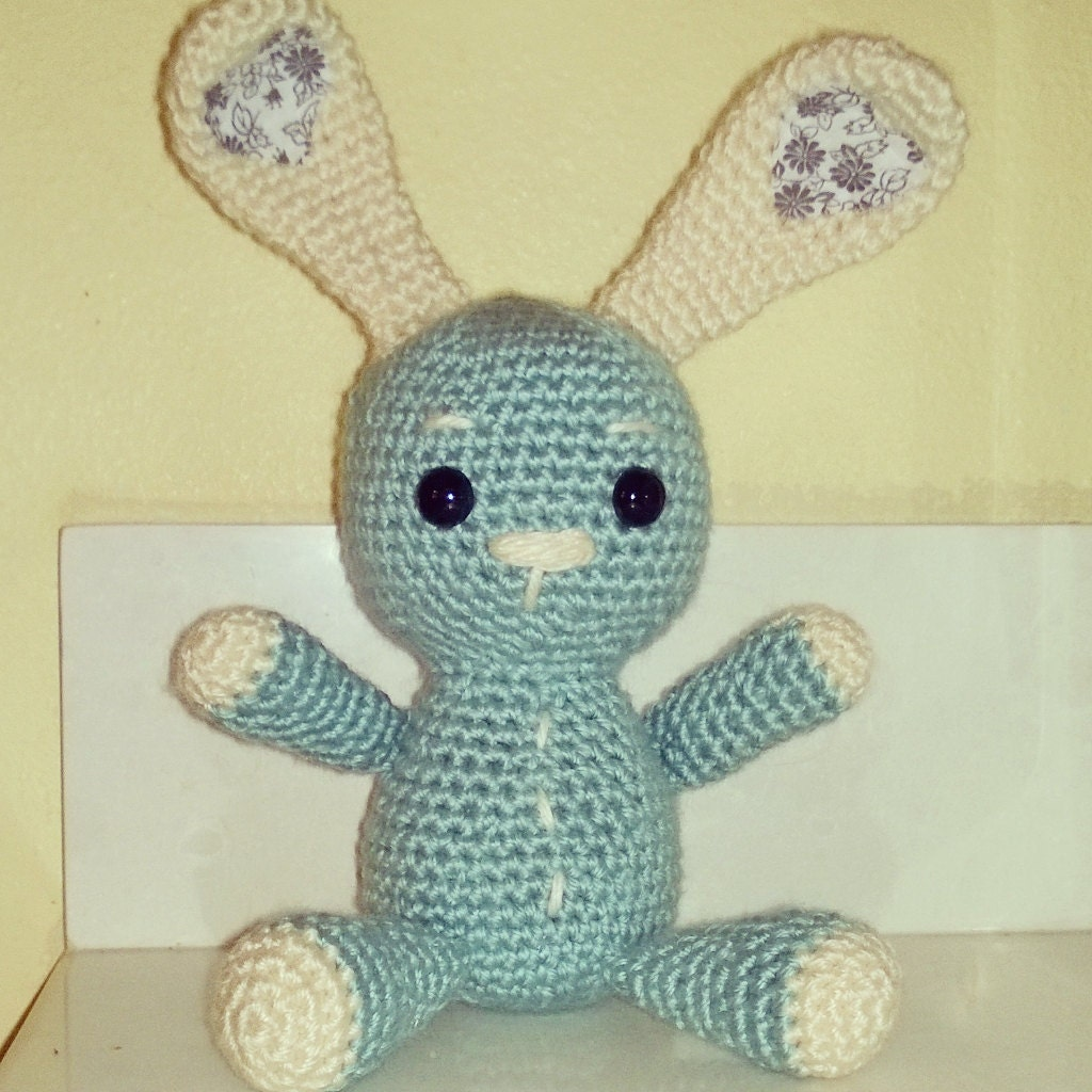 Amigurumi Bunny Girl : Items similar to Charlotte - SUPERCUTE amigurumi bunny ...