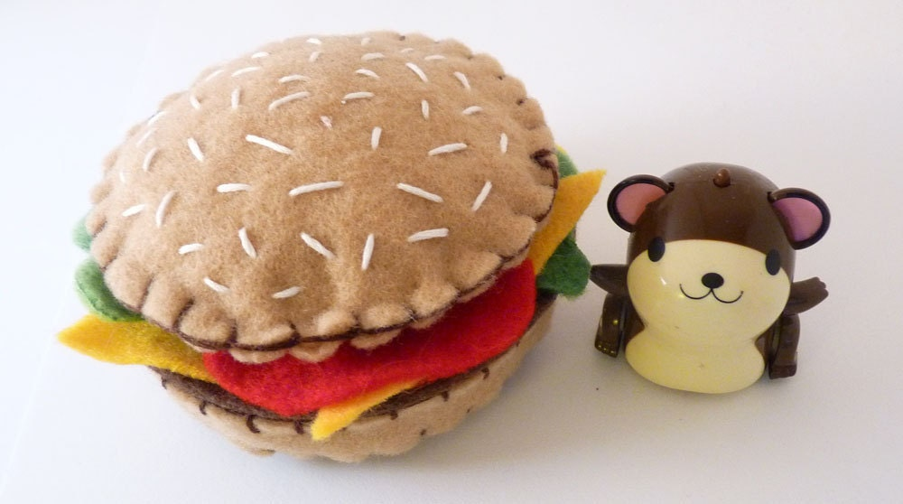 Fia's Burger - Plush Pretend Hamburger  - Handsewn