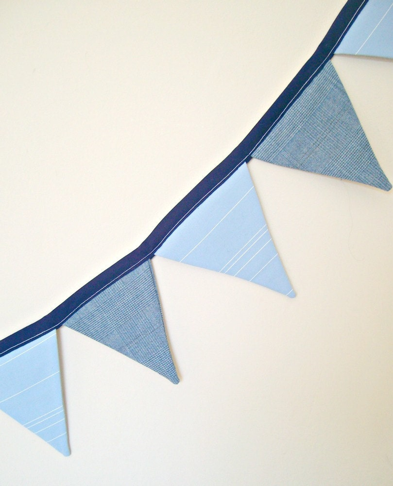 "Boys Blue Summer Bunting - Nursery / Playroom - 62"" / 13 Flags - yolki"