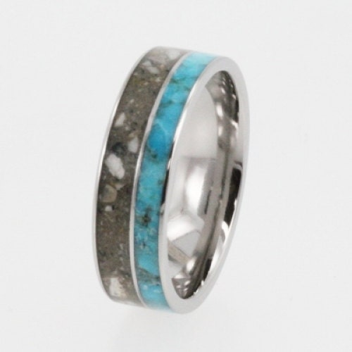 jewely: turquoise ring with cremains of pet