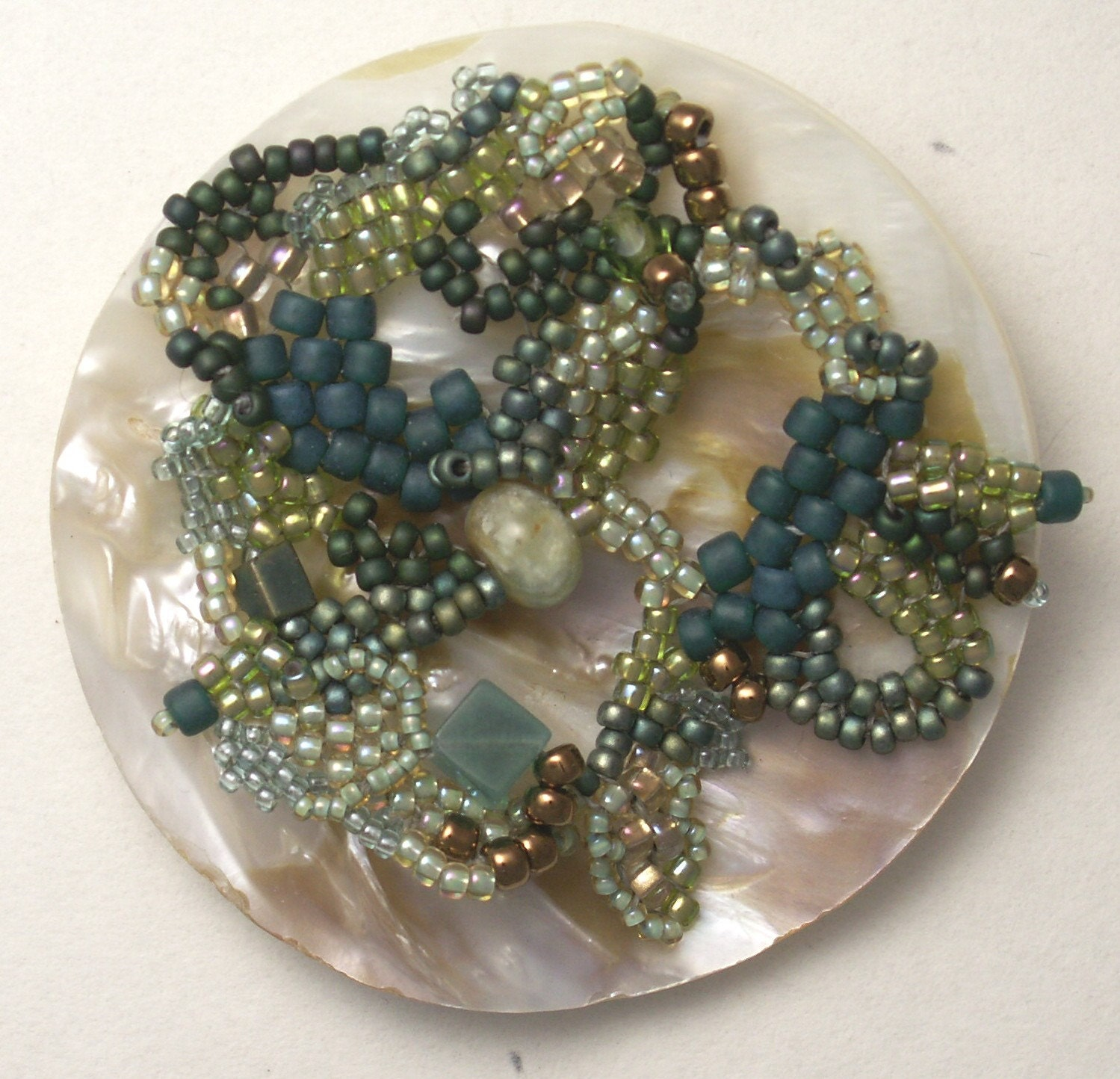 freeform bead weaving mother of pearl seed beads pin brooch pendant