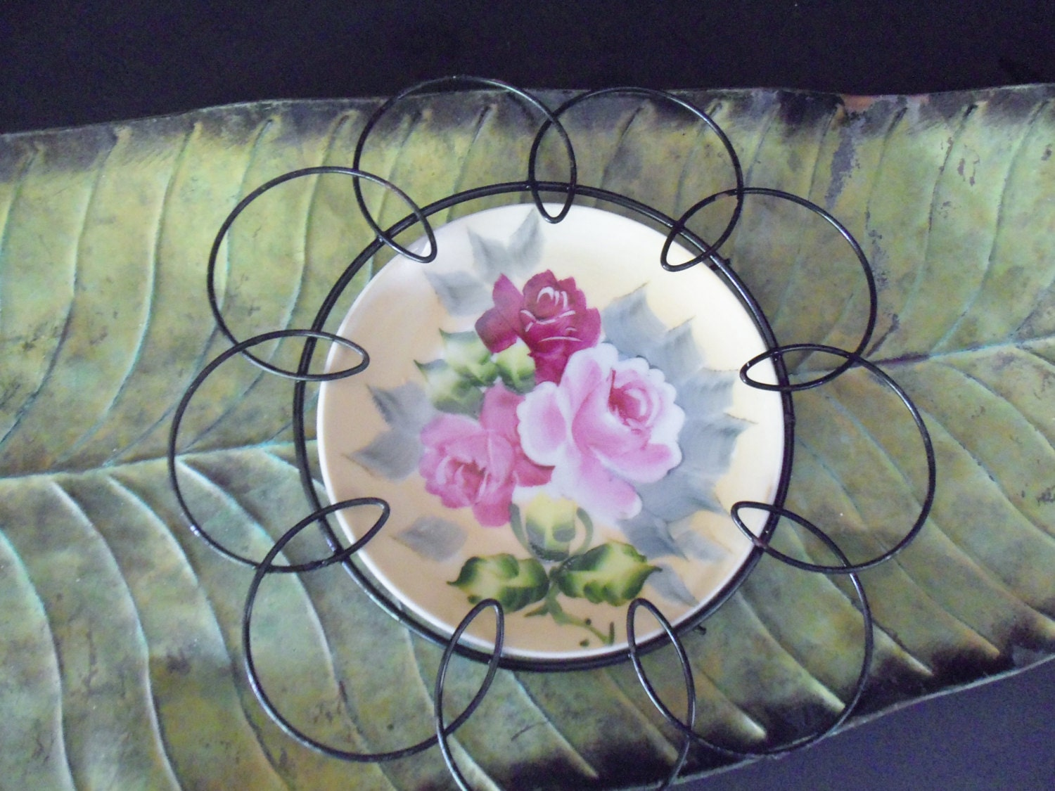 Wall Decor Decorative Plate In Wire Looped By TheVintagePorch