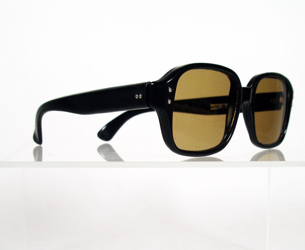 black square sunglasses. Black Square Sunglasses