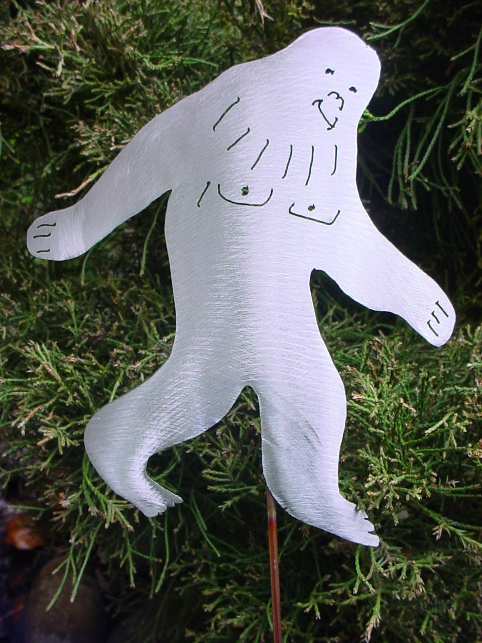 Popular items for sasquatch yeti on etsy for Abominable snowman yard decoration
