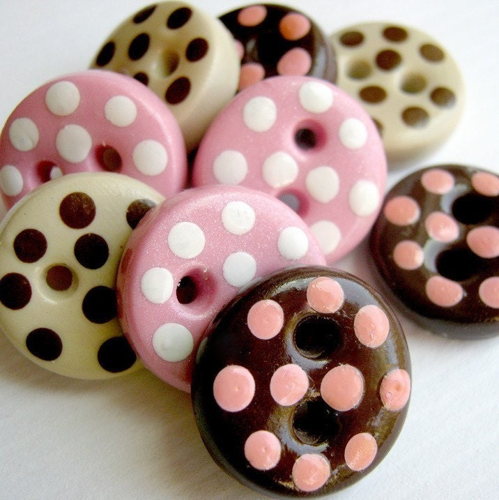 Neapolitan Candies  (handmade buttons set  of 9)