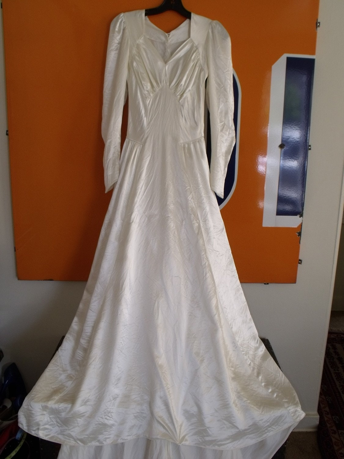 1940 wedding dress for sale images frompo 1 for Old wedding dresses for sale