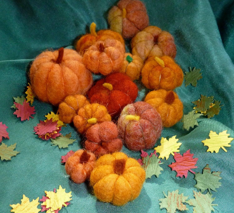 Wool pumpkins Autumn Halloween Thanksgiving