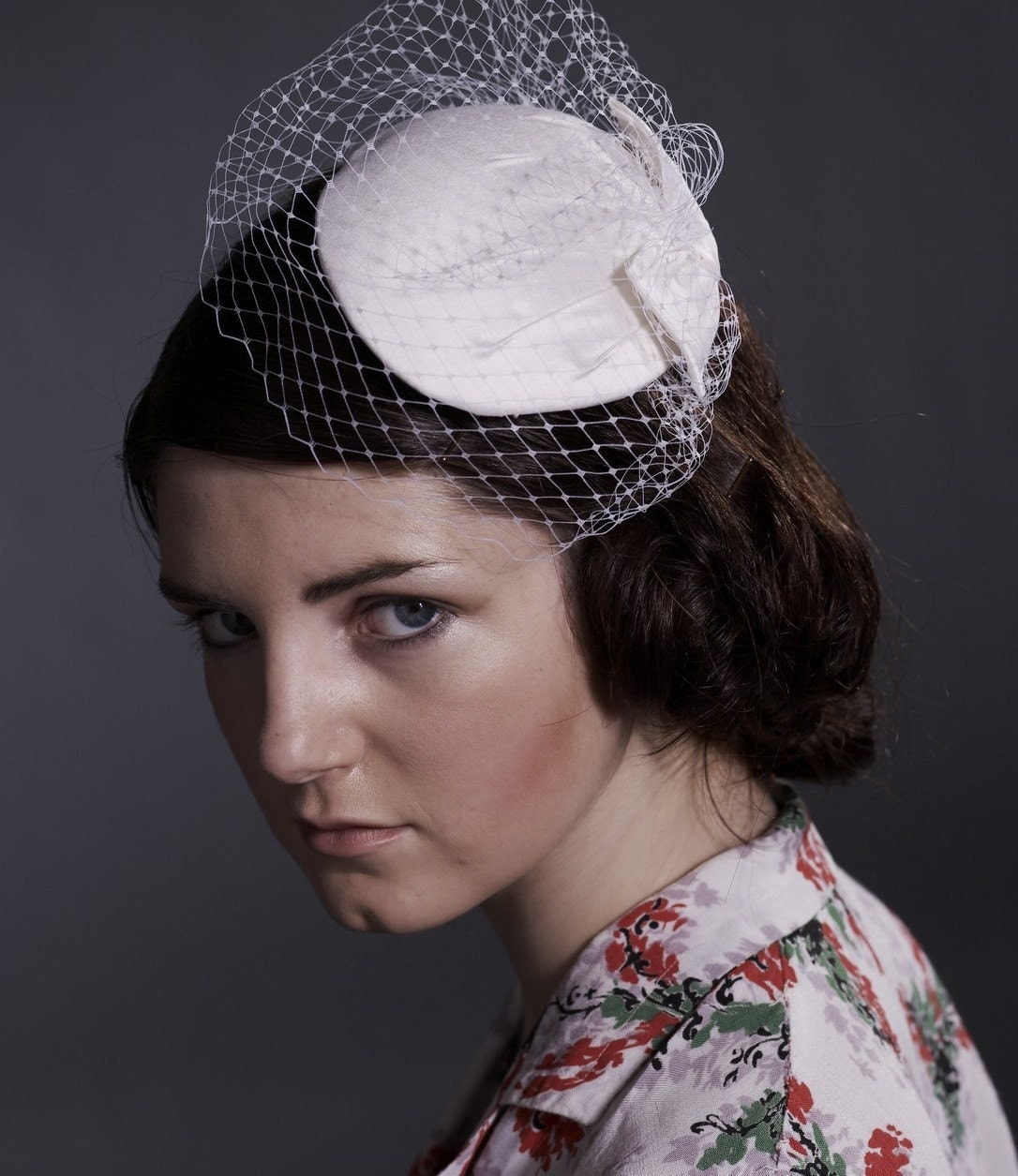 white silk,50s style Bridal hat and veil