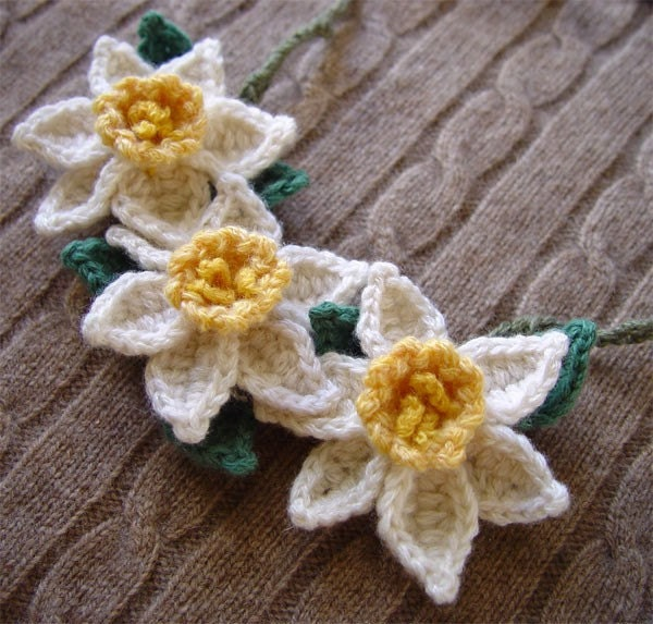 CrochetDaffodil Necklace White with Yellow Centers Cashmere