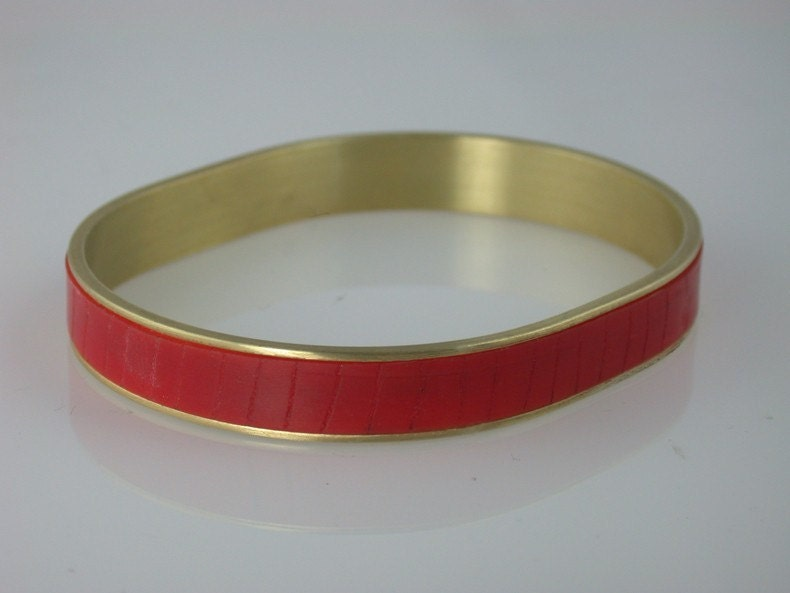 Medium Oval Channel Bracelet - Red