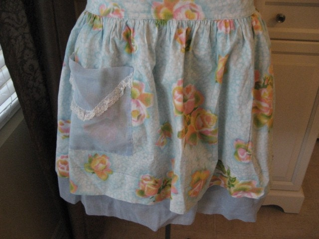 Pretty Vintage 2 Layer Floral Apron