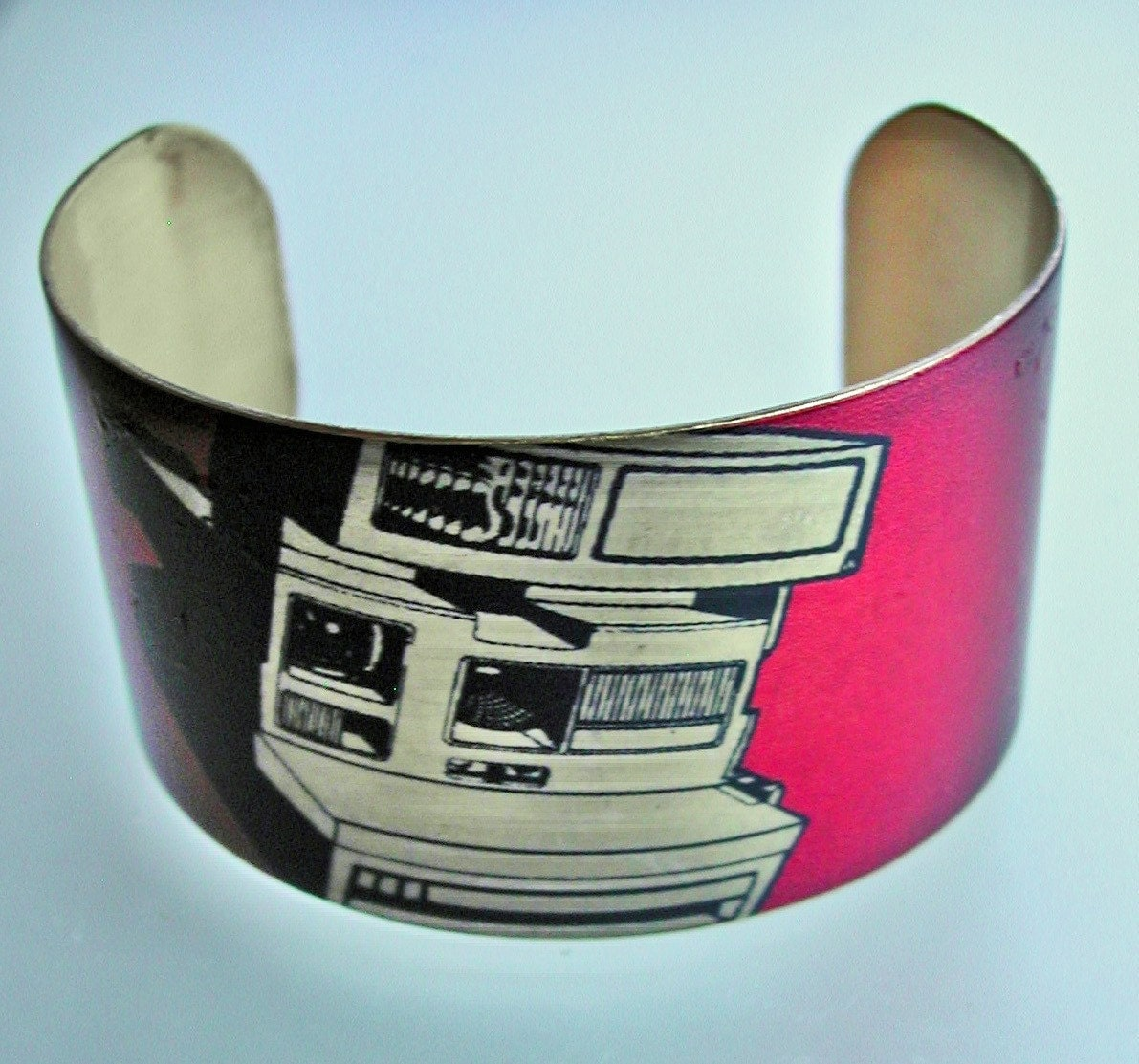 Polaroid Camera vintage style brass cuff bracelet FREE SHIPPING WORLDWIDE