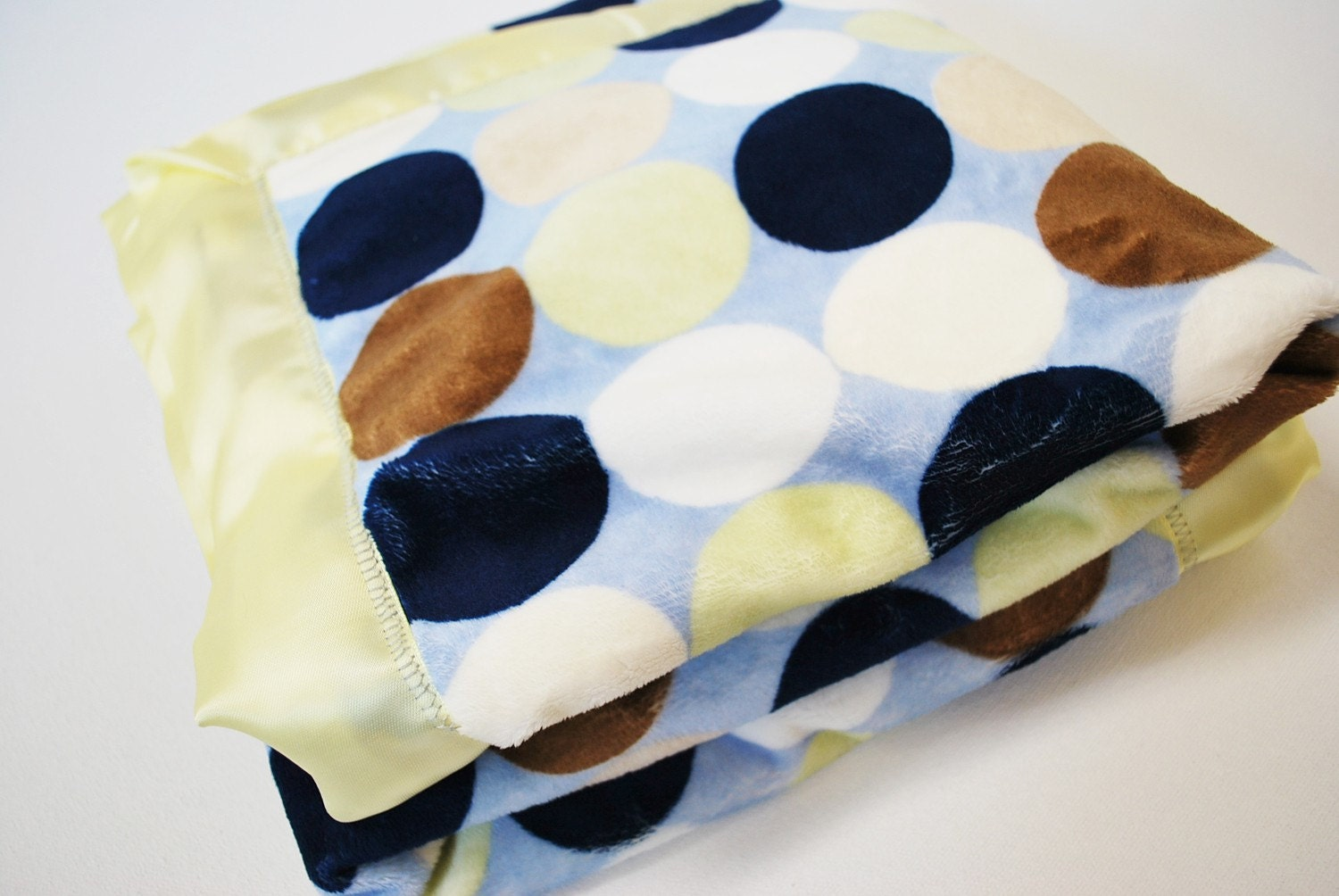 Lime Dot Luxury Minky Blanket
