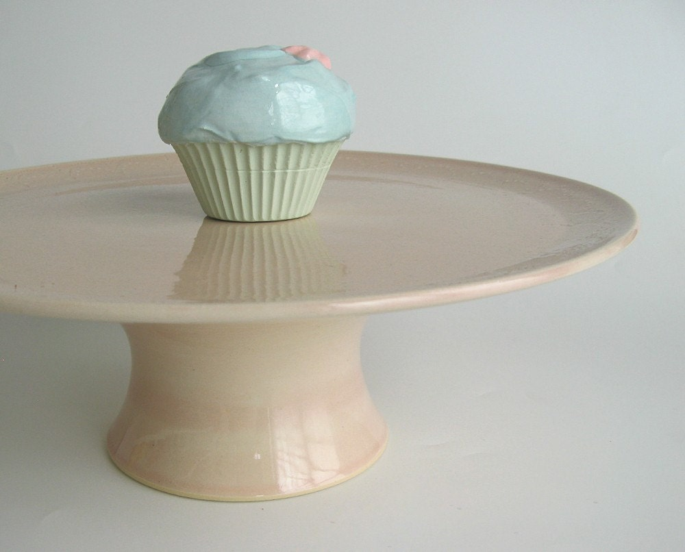 Pale pink 10 inch cake stand... medium cake plate.