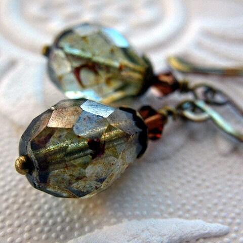 Earrings Luster Czech Glass, Brass - Mint