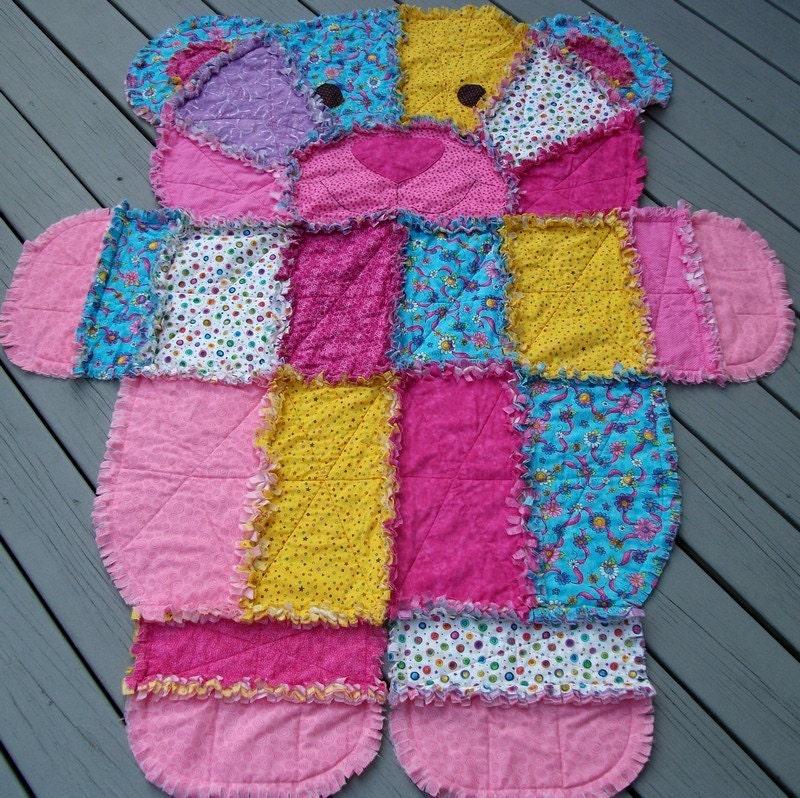 Rag Quilt Pattern Bear : Items similar to Bear Shaped Rag Quilt on Etsy